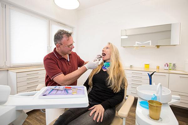 Prophylaxe bei der Zahnarztprxis Vriesen